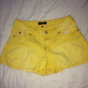Pants - Cute mini yellow shorts size 16.